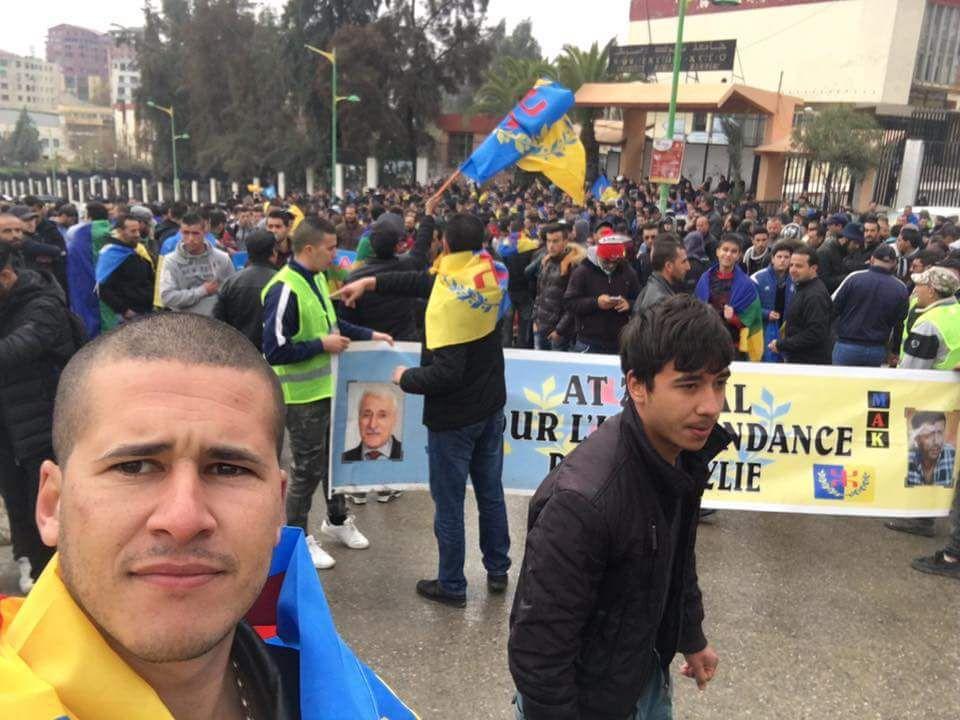 Grandioses marches en Kabylie pour l'indépendance malgré les barrages et les arrestations.KDirect - Actualité