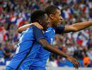 Les Bleus s'arrachent à 10 contre l'Angleterre