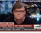 Michael Moore donne 10.000 dollars au théâtre ayant évoqué l'assassinat de Trump (AFP)