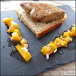 Escalopes de foie gras d'oie Feyel et sa salsa mangue, coriandre & oignon rouge