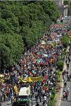Italio: en Milano, «Ni estis 100 000 por la migrantoj»