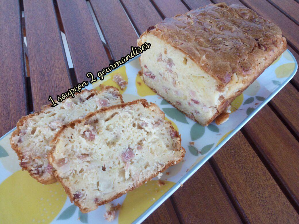 Cake aux Lardons, Oignons & Crème