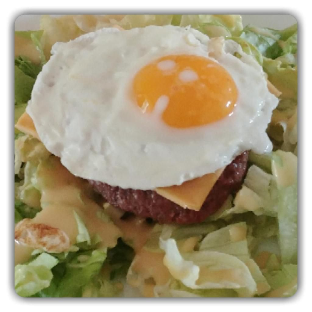 Salade steak / fromage / oeuf