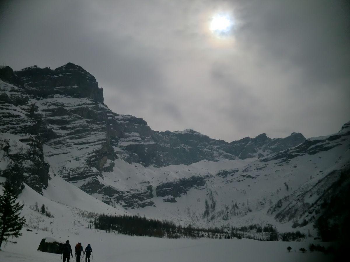 Week-end raquettes Cairns Alpes Suisses -  Le Vallon de Nant - Samedi 15/03/2014