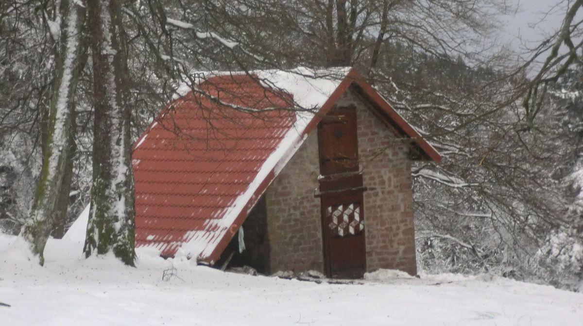 j'arrive au refuge du Schneeberg, le temps étant relativement clément, inutile de se réchauffer à l'intérieur,