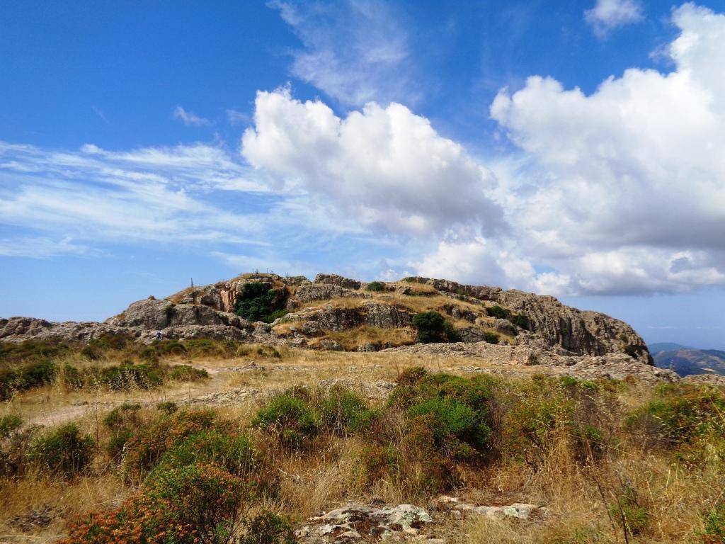 Le sommet du Rocher des Gozzi.
