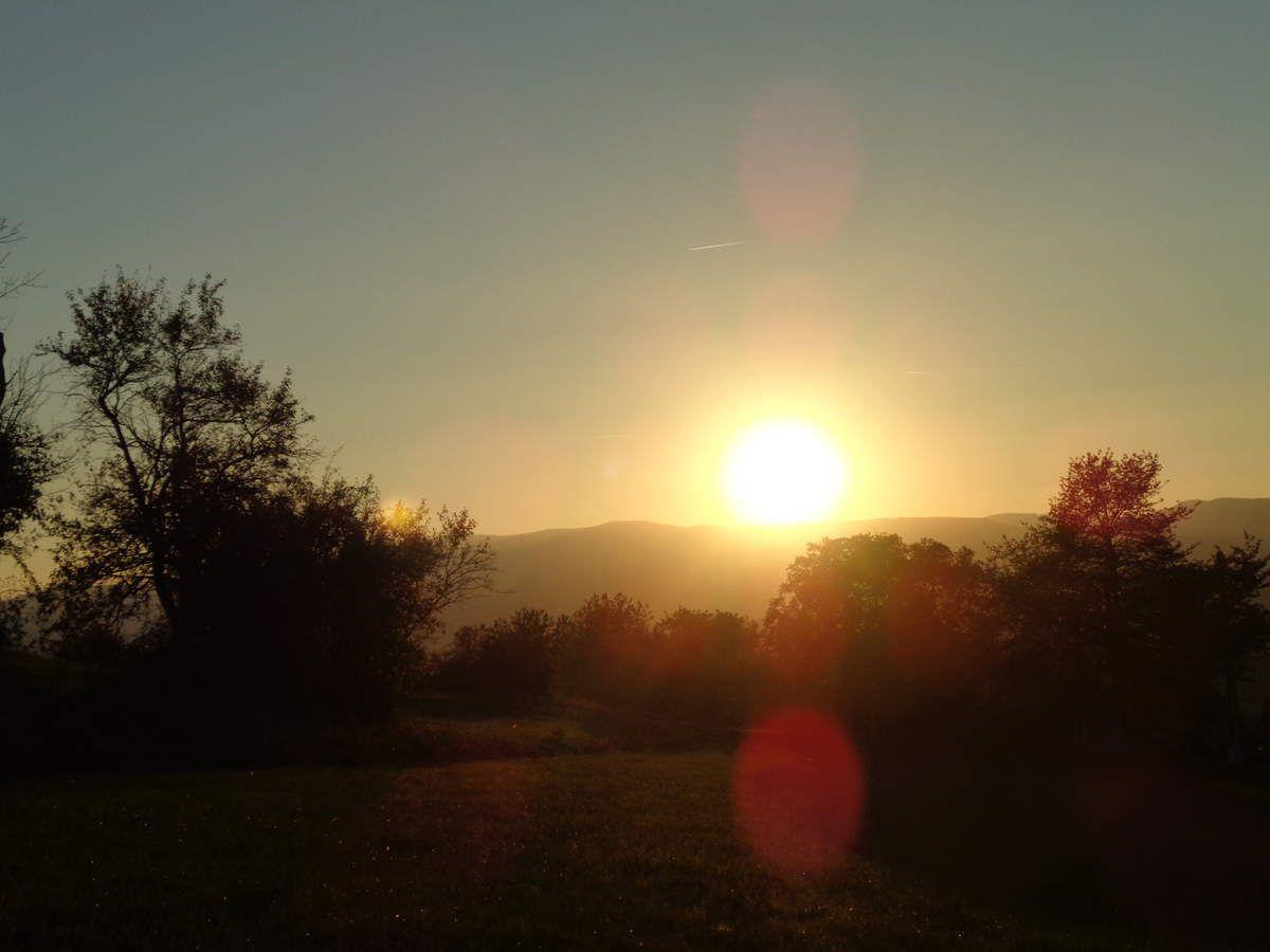 le soleil prépare son show,