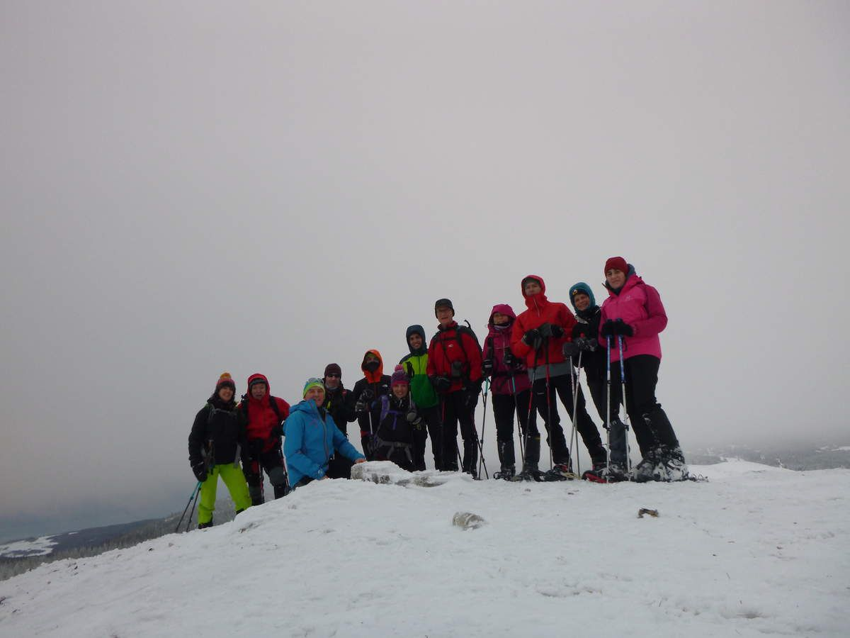 La traditionnelle photo de groupe au sommet du Grand Cunay 1574m. (Photo de Laurent H.)
