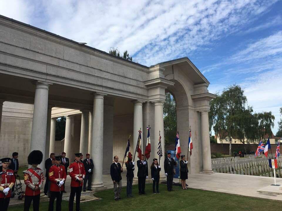 Au 75ème anniversaire de la Libération d'Arras, en présence d'un peloton des Welsh Guards