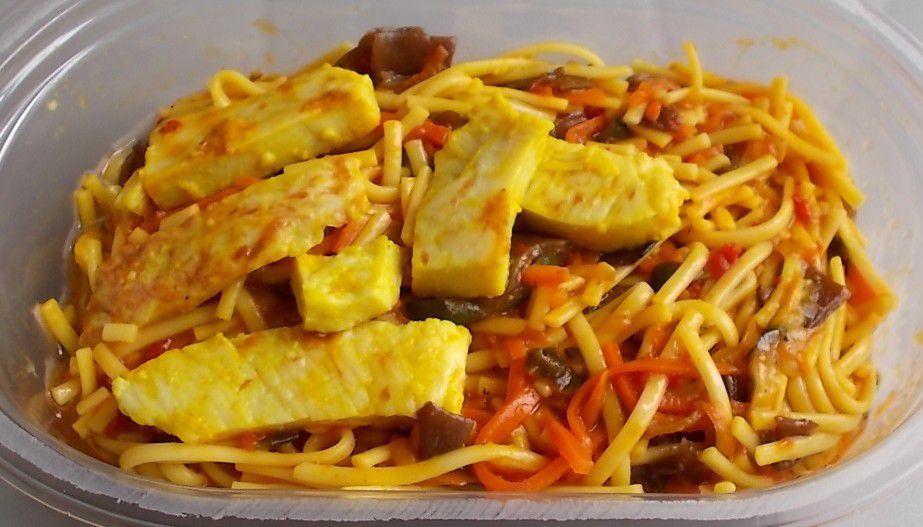 Kühlmann Snack-Salat Thai Nudelsalat mit Hähnchen und Pilzen