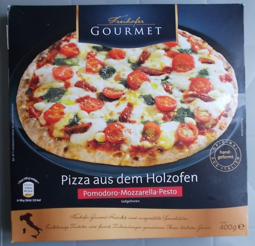 aldi nord freihofer gourmet pizza aus dem holzofen pomodoro mozzarella pesto produkttester. Black Bedroom Furniture Sets. Home Design Ideas
