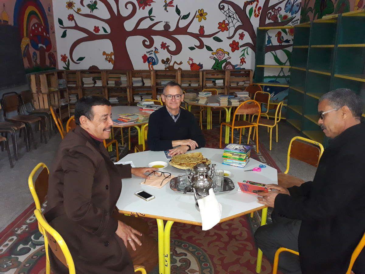Journée d'installation des livres à l'école Billal de Marrakech (875 livres installés)