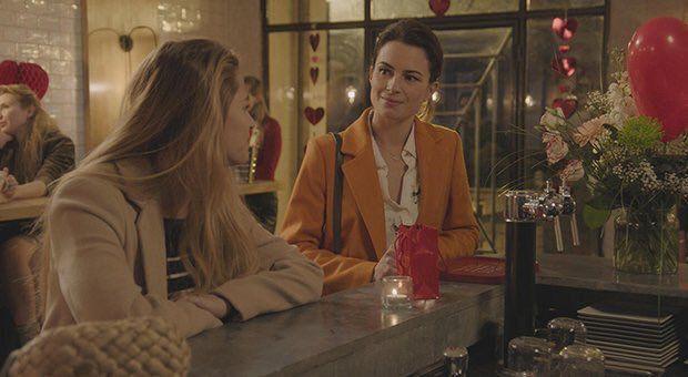 """Juliette Chêne (Rachel dans """"Demain nous appartient"""") avec Solène Hébert (Victoire dans """"Demain nous appartient"""")"""