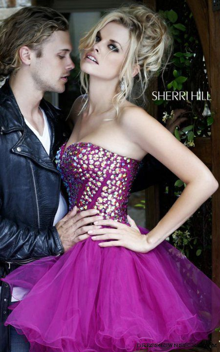 Sweetheart Burgundy Sherri Hill 21101 Short Prom Dress