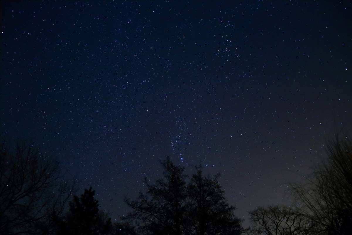 ORION - EOS 6D - 24 MM- F3.5 - 5000 ISO - 8 SEC.