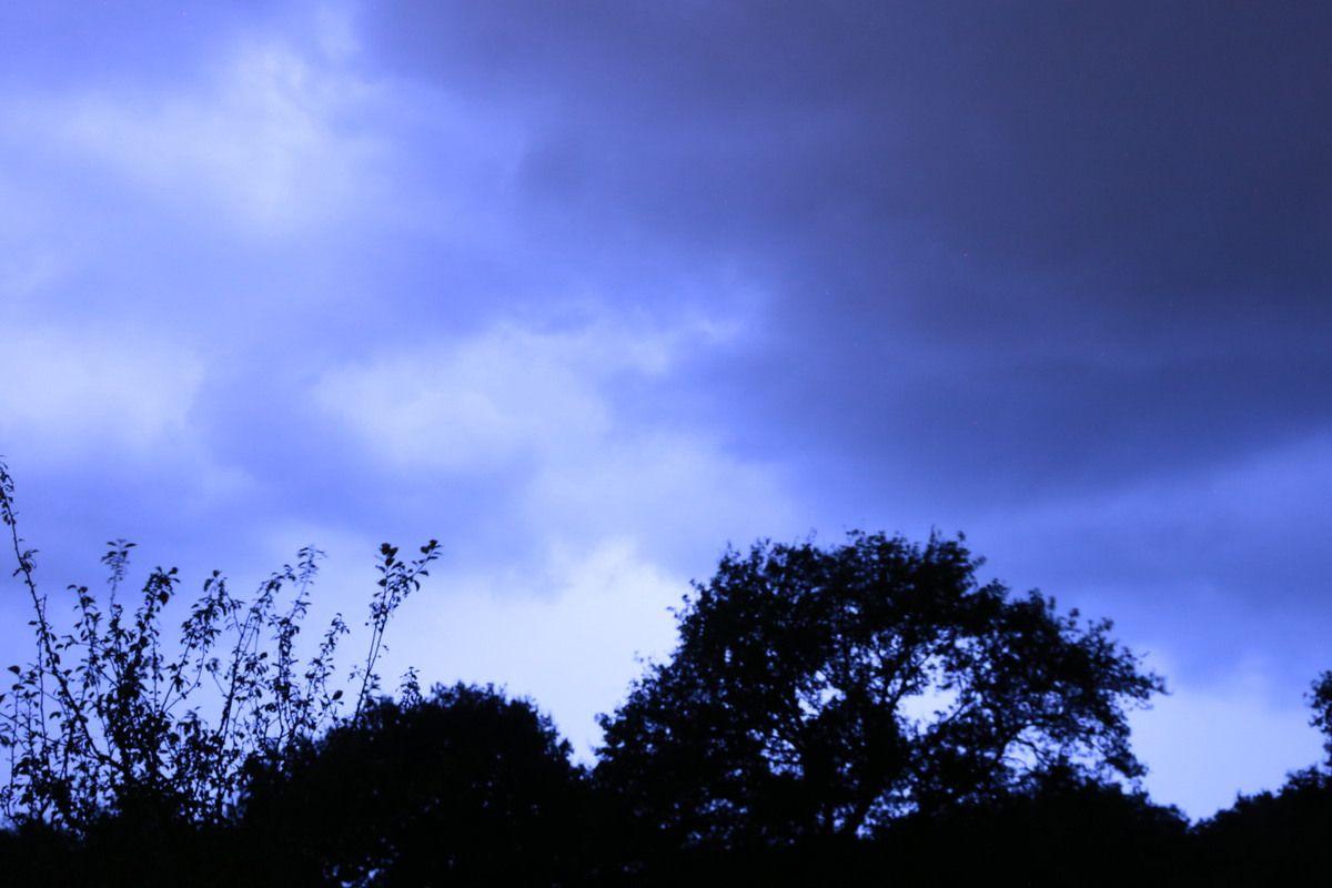 le ciel est chargé, mais il ne pleut toujours pas!