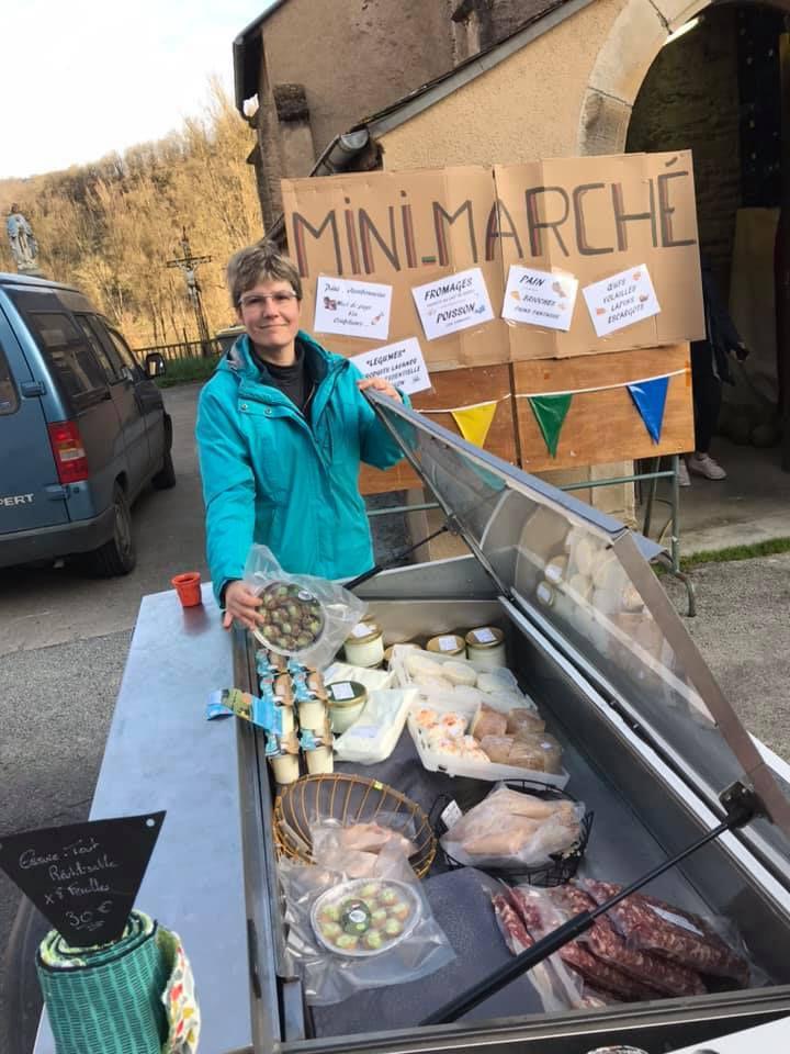 A Villeneuve sur Tarn, notre mini marché grandit.