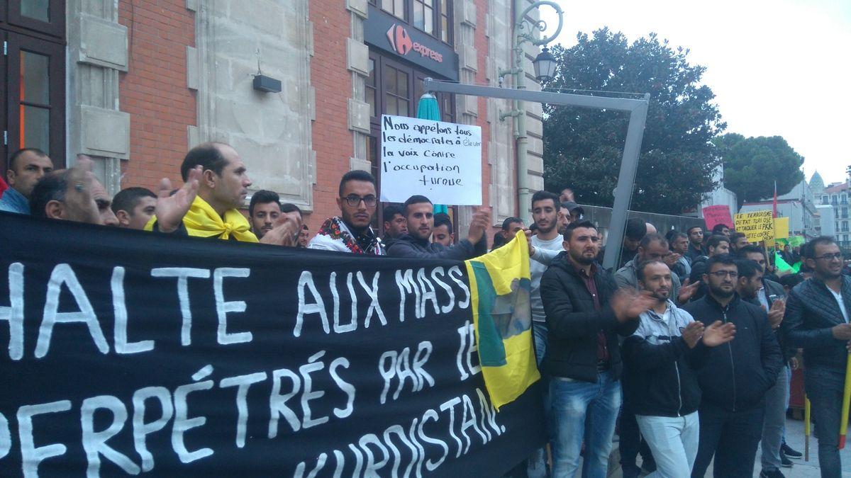 Solidarité avec les Kurdes, les démocrates Turcs et le Kurdistan : Photos de la manifestation à Nice