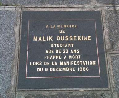 Il y a trente ans jour pour jour mourrait Malik Oussekine sous les coups de la police, n'oublions pas !