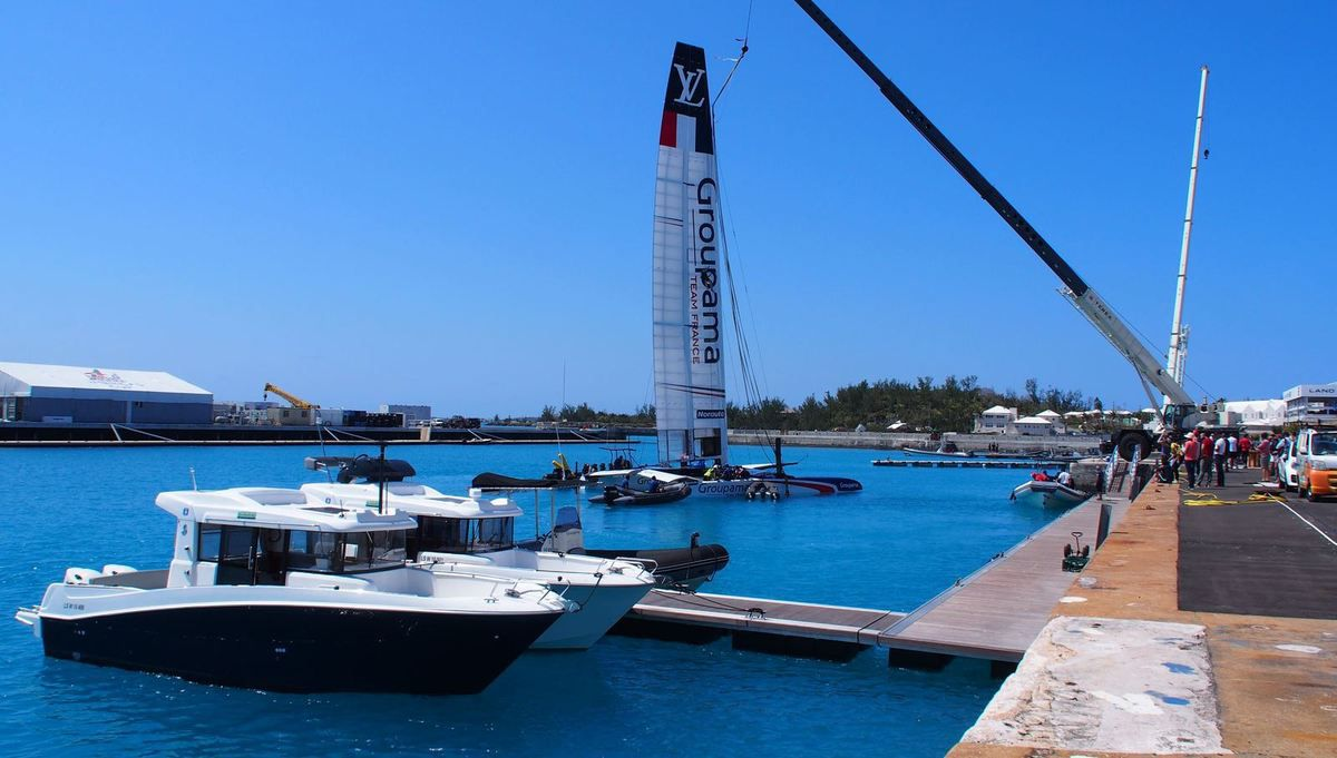 America's Cup - the most Beautiful Pictures of the 2 Bénéteau Barracuda 9 Accompanying the AC50 Boat of Groupama Team France
