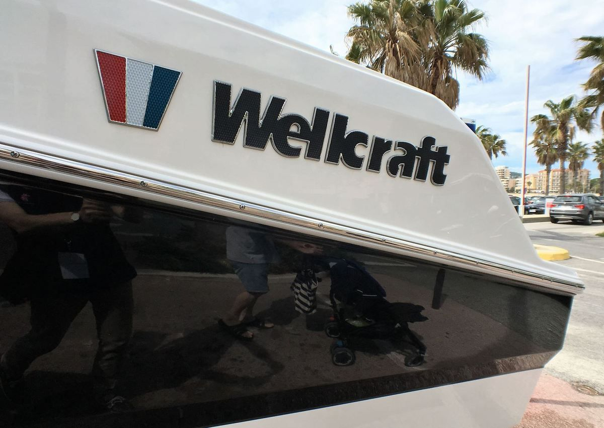 SCOOP - First Pictures of the Wellcraft 302, a very Ambitious Sport Fishing Boat