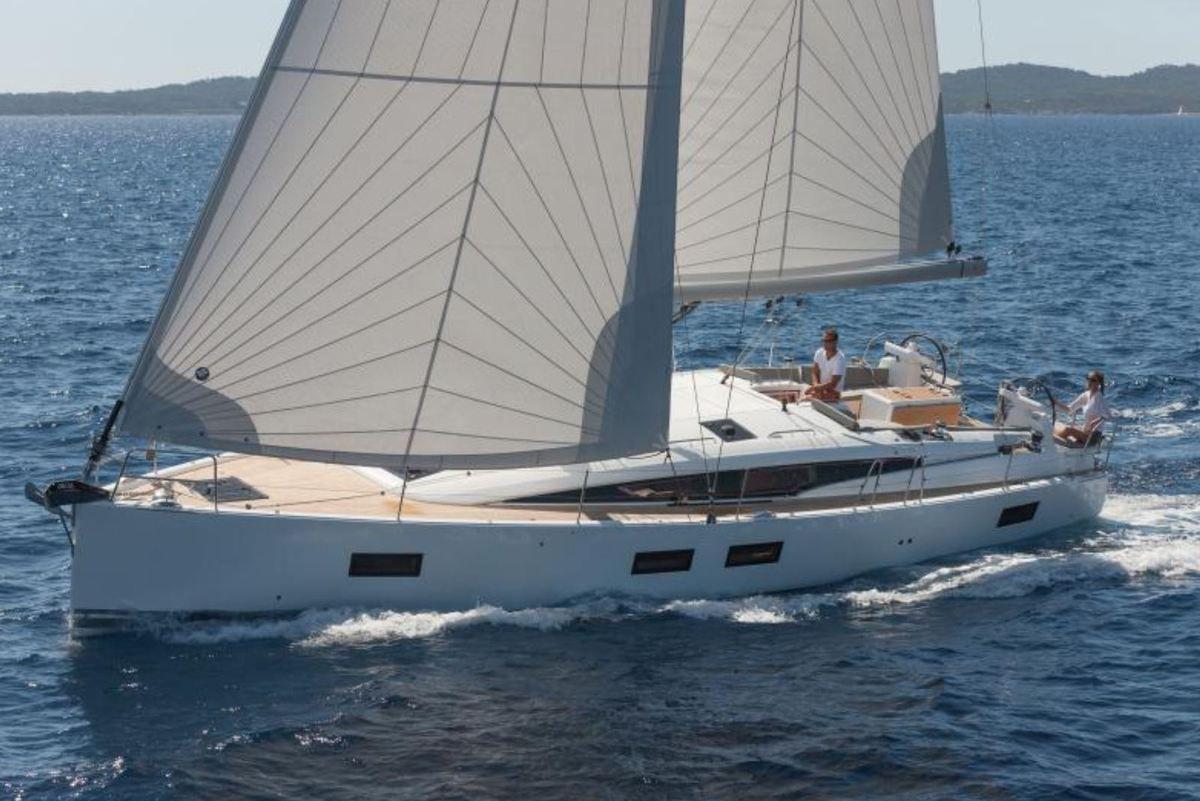 The Jeanneau 51 (Jeanneau Yachts)