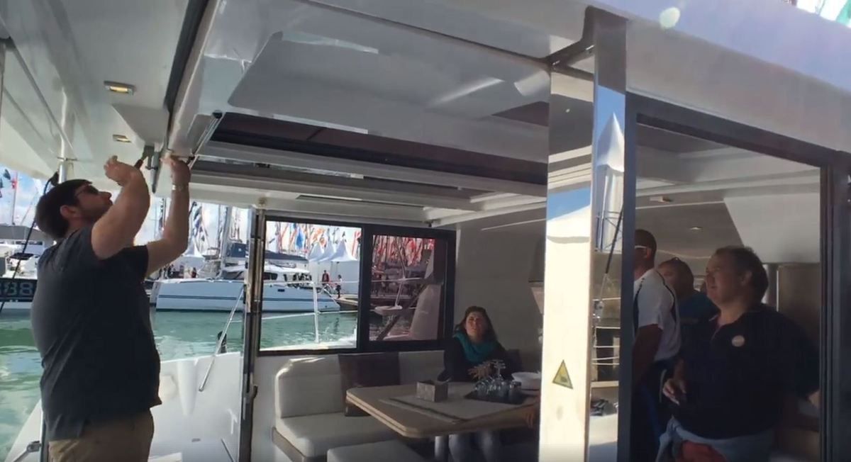 Video – With its tilt-and- turn door the saloon-cockpit of a Bali 4.0 opens onto the sea in ten seconds