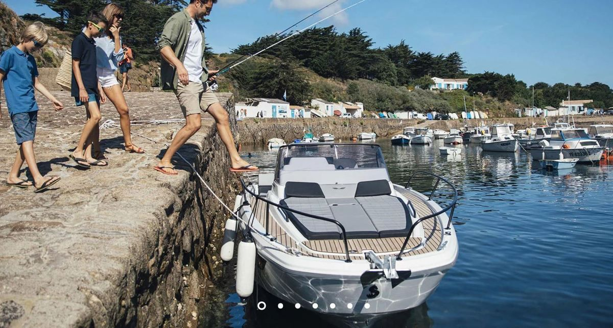 European Powerboat of the Year 2019 - Nominated - Beneteau Flyer 8 Sundeck