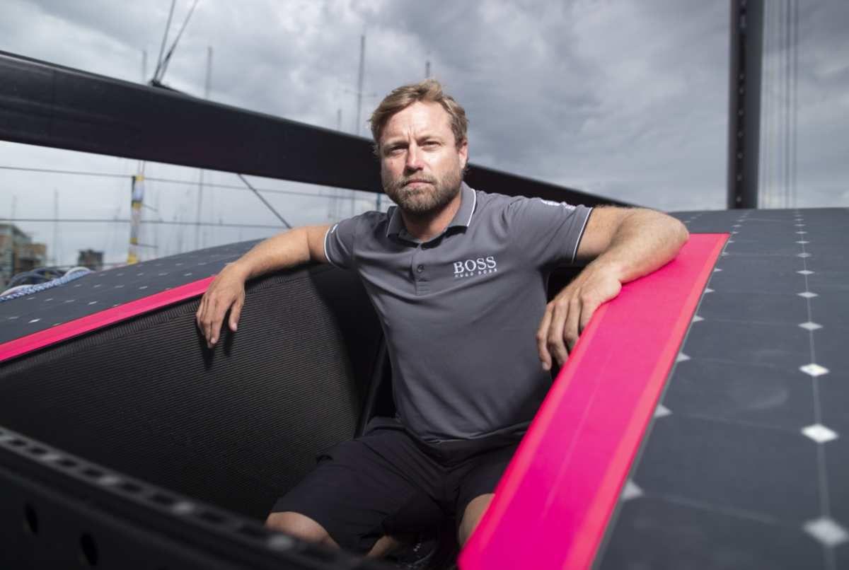 Alex Thomson's new Imoca Hugo Boss just unveiled!