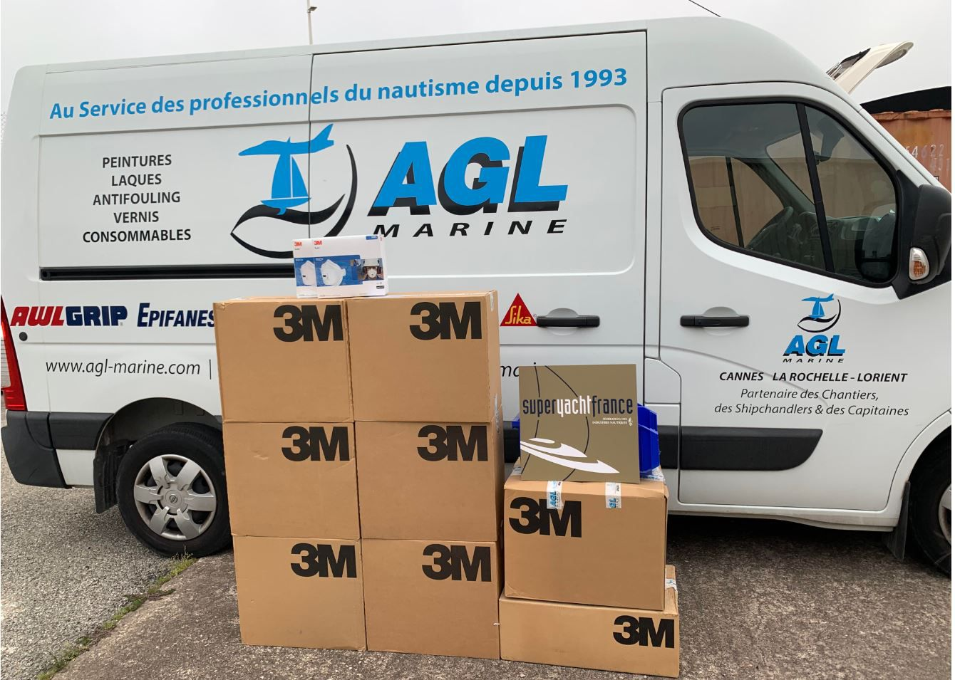 AGL Marine donate 1000 FFP2 masks to the city of Cannes