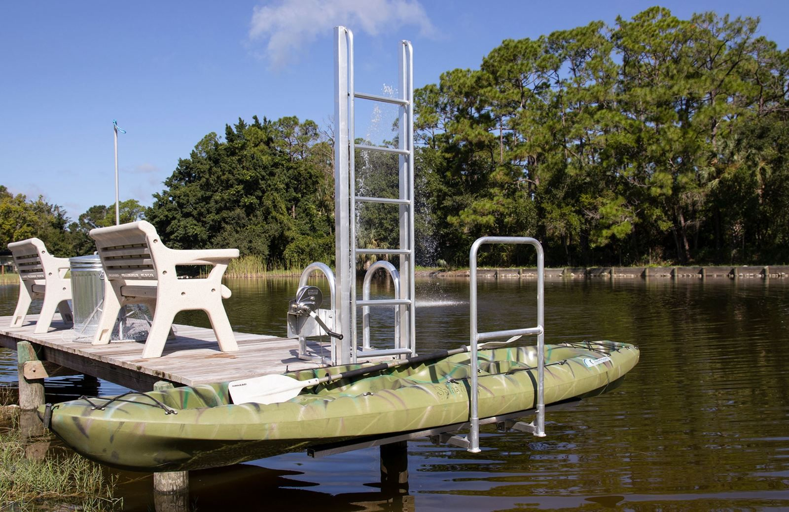 Kayaks and Canoes Lift by Golden Boat Lift