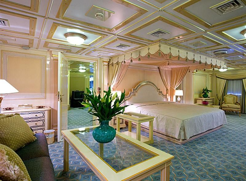Saddam Hussein's bedroom aboard his first yacht