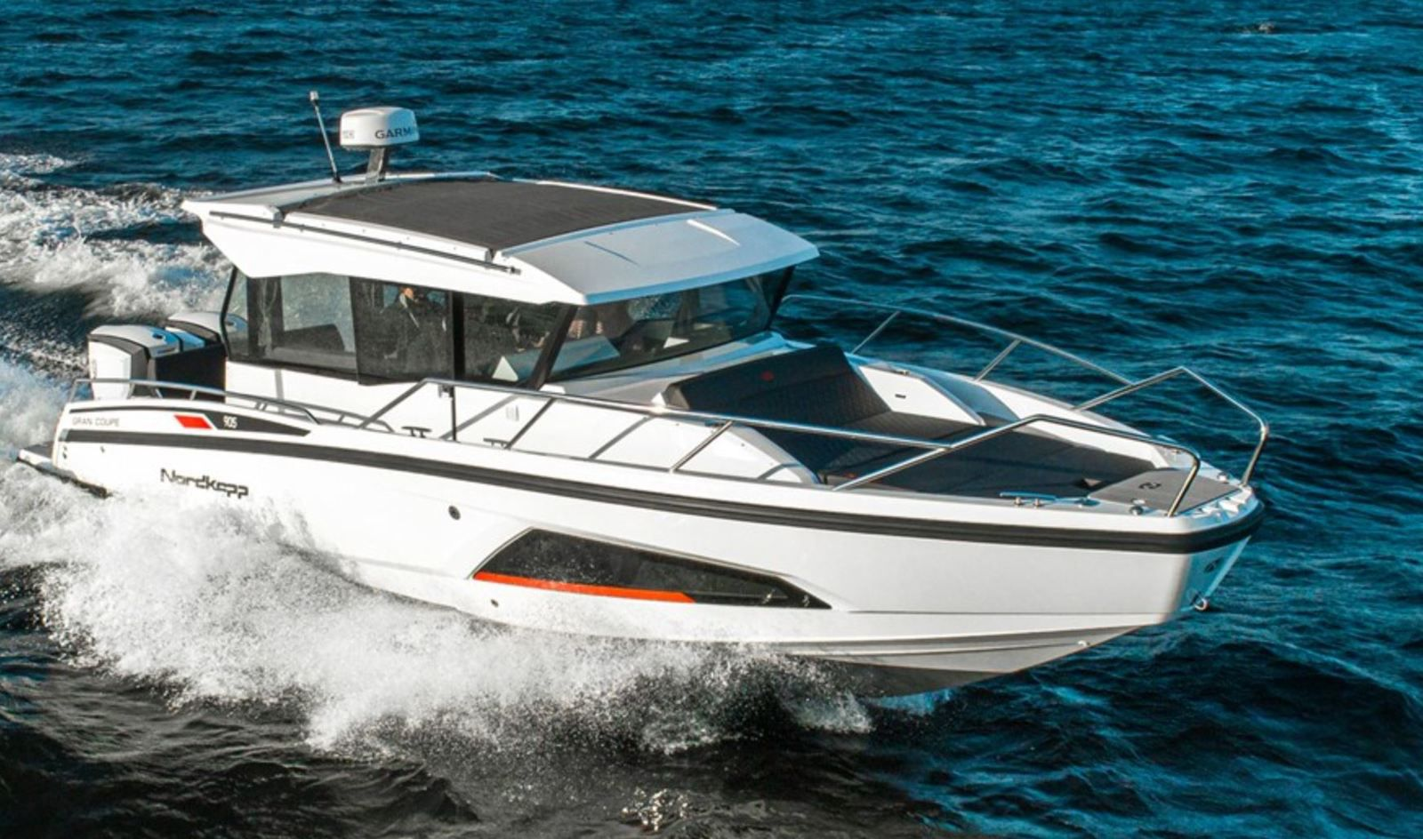 Nordkapp and Sting replace Evinrude by Mercury Marine