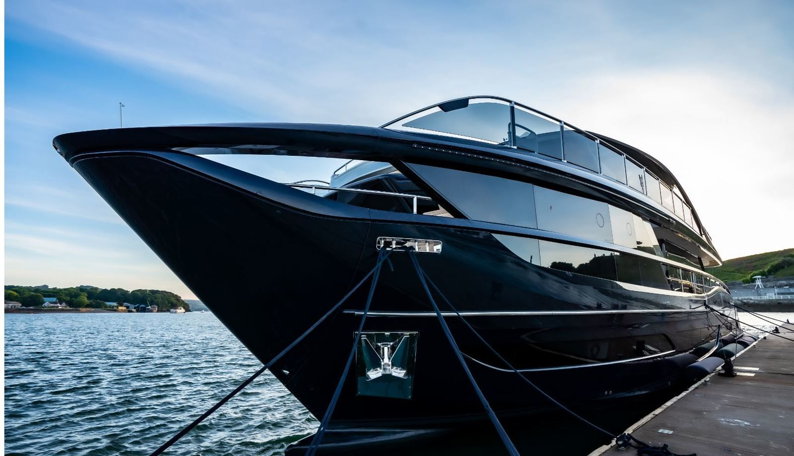 Yachting - Princess X 95, the first model in a new motoryacht range