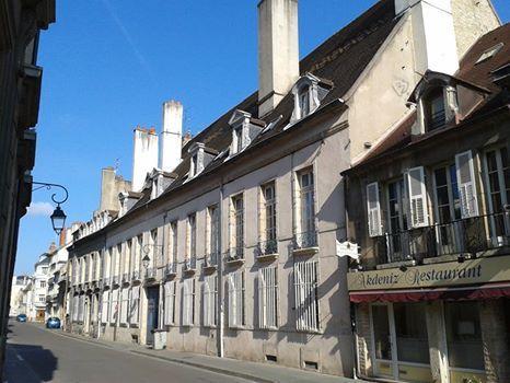 Dijon, 45 rue Jeannin, hôtel Berbis de Longecourt