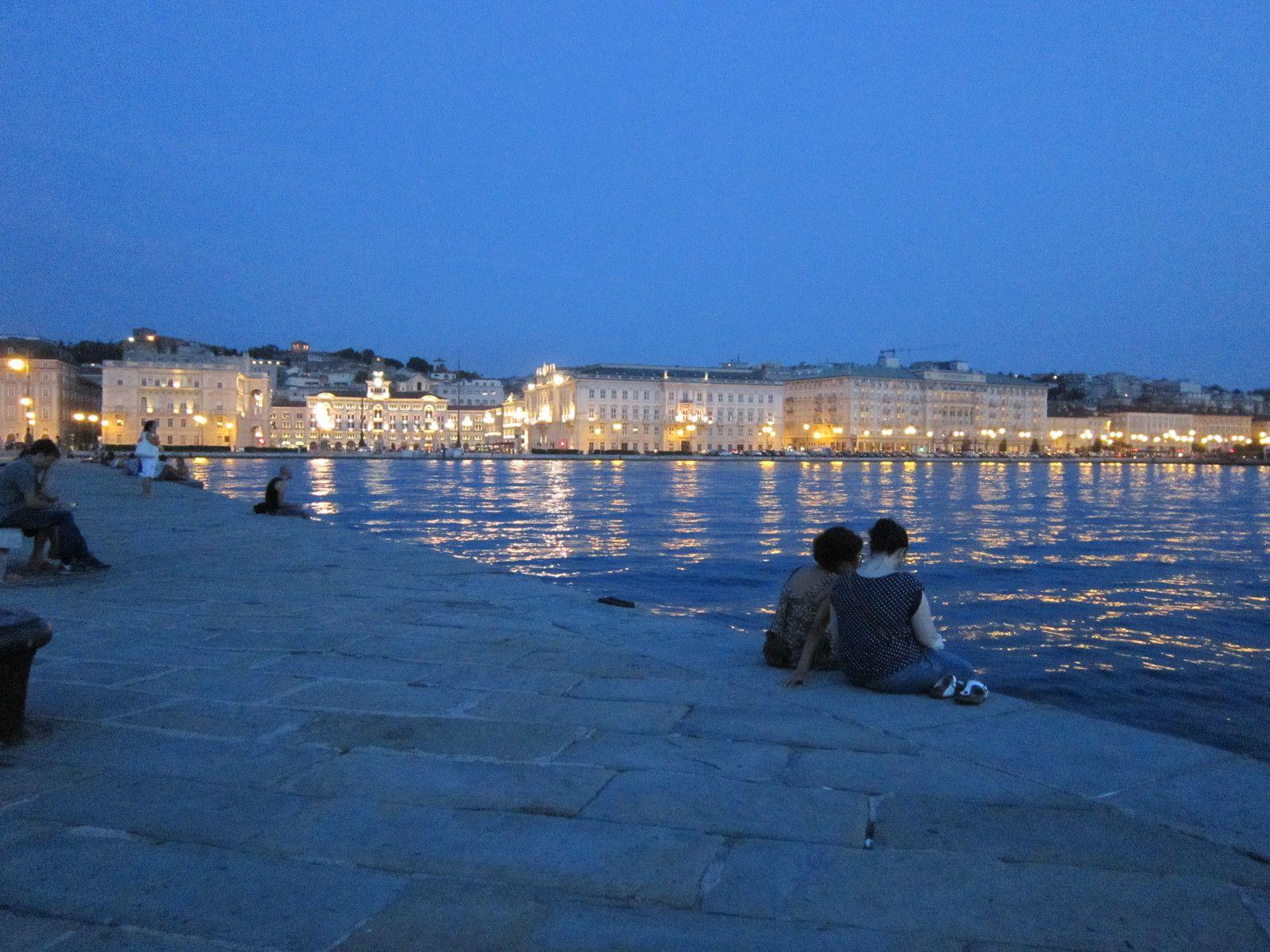 Vue de Trieste en soirée,  25 juillet 2015