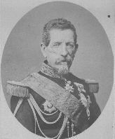 - Emile MELLINET (01-06-1798 / 20-01-1894, 95 ans) : né et décédé à Nantes (44). Simple soldat en 1813, il passe sous-lieutenant au 88e de ligne le 25 février 1814 et participe à la défense de Paris (30 mars 1814). Mellinet effectue la campagne de Belgique (1815) avec le 96e de ligne, combat à Waterloo le 18 juin 1815. Sa carrière militaire est des plus remarquables : promu général de division le 22 juin 1855, il était grand-croix dans l'ordre de la Légion d'honneur (17 juin 1859).