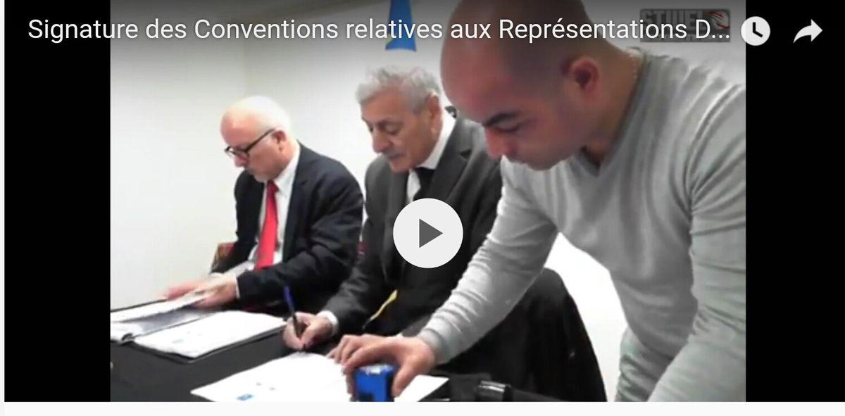 Ferhat Mehenni signe les Conventions de Vienne relatives aux Représentations Diplomatiques. K-Direct - Actualité