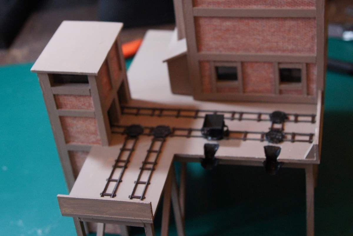 """Contruction d'un Toboggan type """"Ouest"""" en PVC (Forex)"""