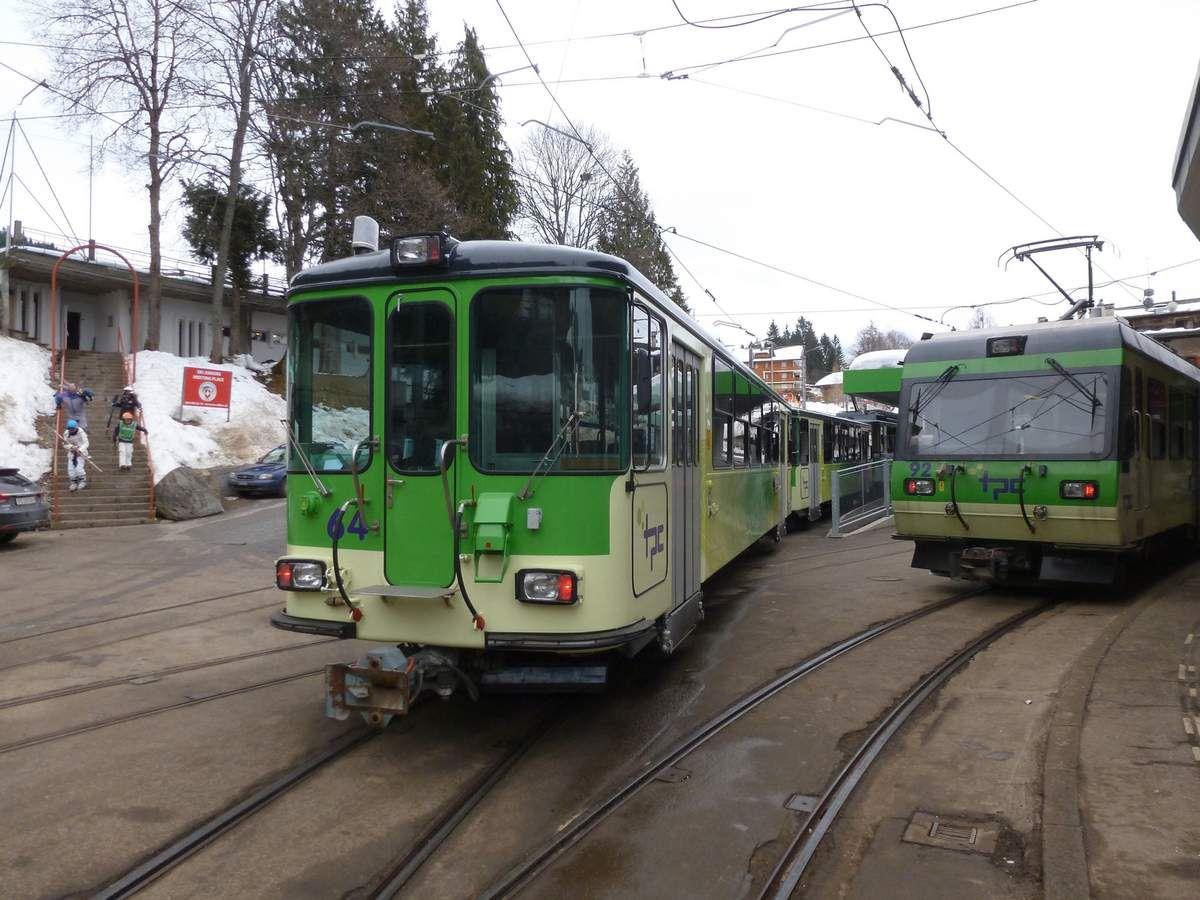 Train à crémaillère entre Aigle et  Villars/d'Ollon