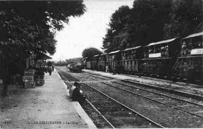 Quai de la gare de Douvres la Delivrande