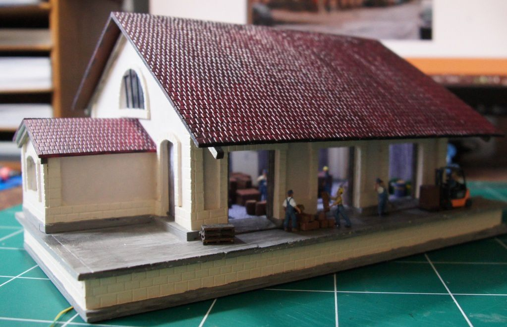 """Construction d'une halle marchandise  en PVC (Forex) thème """"St Amand"""""""