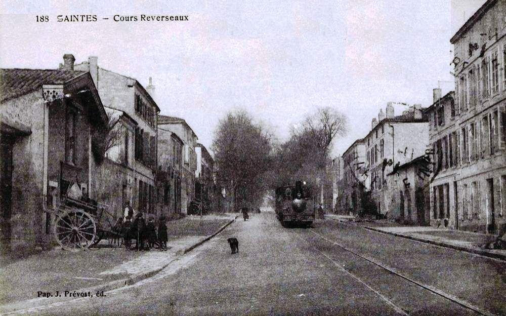 """CP de Saintes """"Cour Reverseaux"""""""
