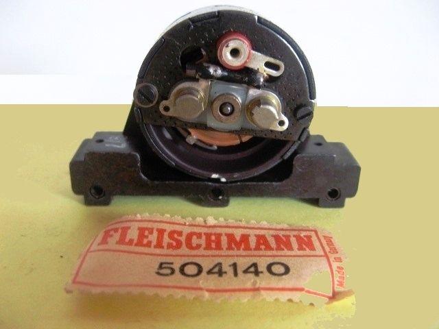 Digitalisation anciennes locomotives Fleischmann avec remplacement des flasques moteur
