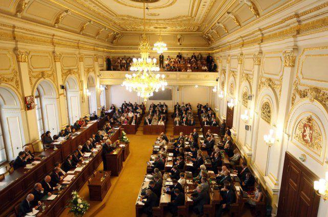 Le parlement tchèque a adopté mardi une résolution appelant son gouvernement à reconnaître Jérusalem comme capitale d'Israël et à couper sa contribution financière à l'UNESCO en raison de son parti pris anti-israélien, rapporte le site Prague Monitor.
