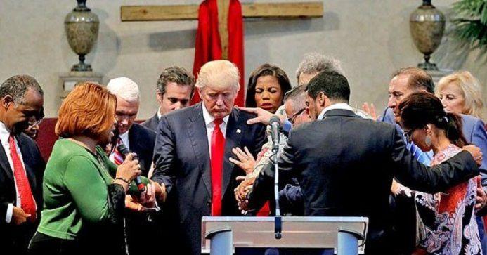 Les promesses conservatrices de D.Trump lui ont valu un soutien de poids de la part des chrétiens évangéliques US. (photo : Mandel Ngan/AFP/Getty)