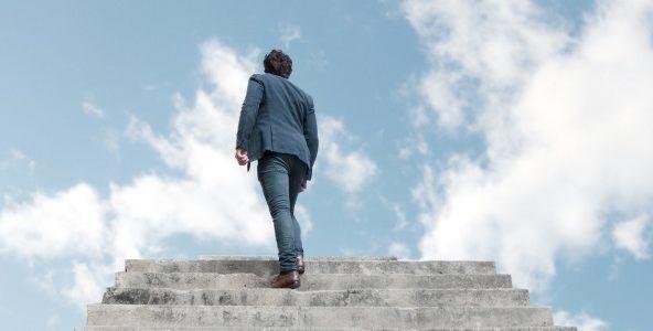 Nous avons parfois tendance à croire que nous pouvons plaire à Dieu par nos propres forces, aller jusqu'au bout de la course par nos capacités. Mais la bible nous relate que ce n'est point pas la force ni par la puissance mais c'est par l'esprit, dit le Seigneur (Zacharie 4.6).