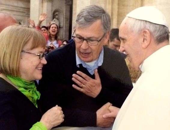 L'ex pasteur Ulf Ekman et sa femme Brigitta lors de leur rencontre avec le pape François... (photo : DR)