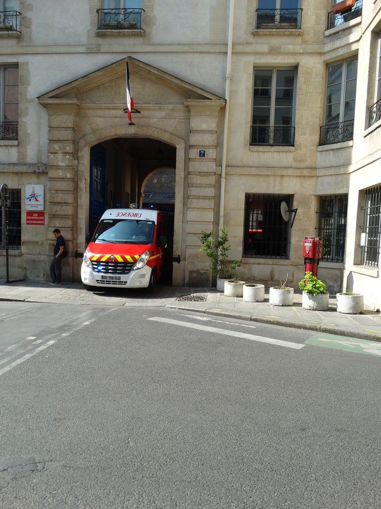 Caserne des Sapeurs-Pompiers de Paris – 7 rue de Sévigné – Paris 4ème arrondissement
