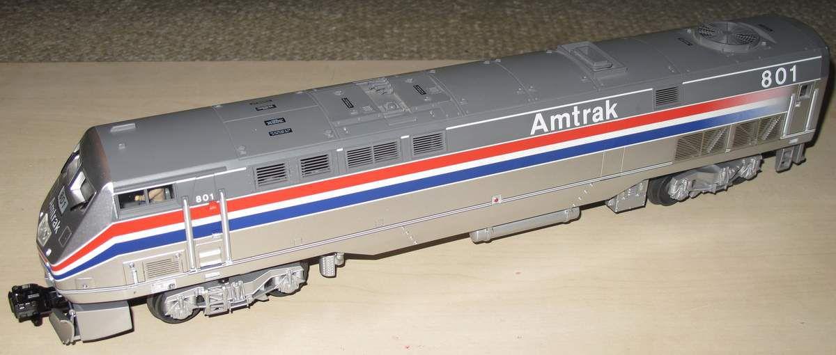 MTH Premier Amtrak G.E. Genesis Diesel engine Dummy avec éclairage et fumée
